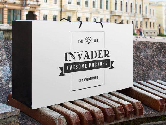 موکاپ بگ فروشگاهی Invader